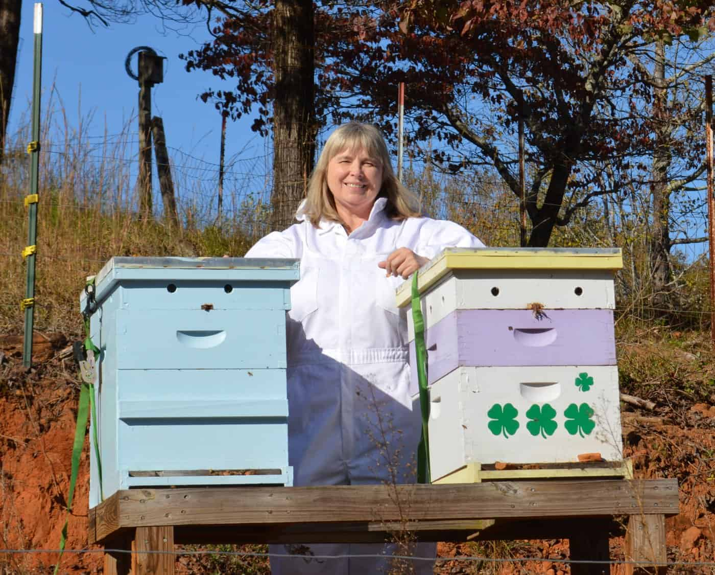 Master Beekeeper Charlotte - Carolina Honeybees