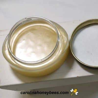 picture of cooling jars of beeswax lotion recipe