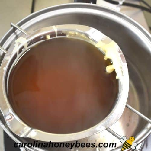 melting beeswax for jar candle