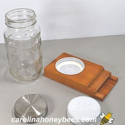 How to Make a Mason Jar Bee Feeder