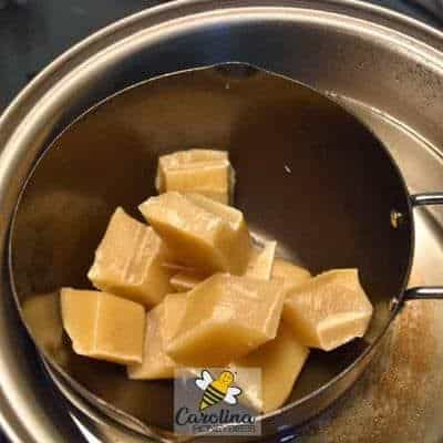 image of melting beeswax in pot to make food wraps