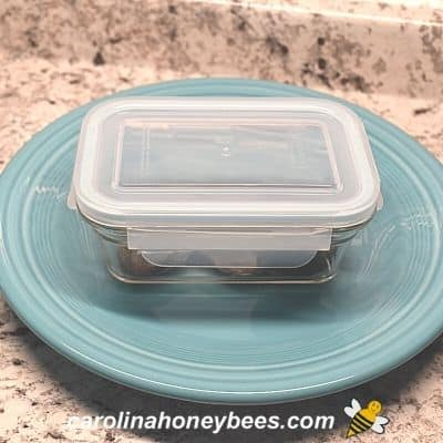 picture of honey lemon cough drops in sealed container