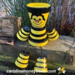 picture of finished honey bee made from clay pots